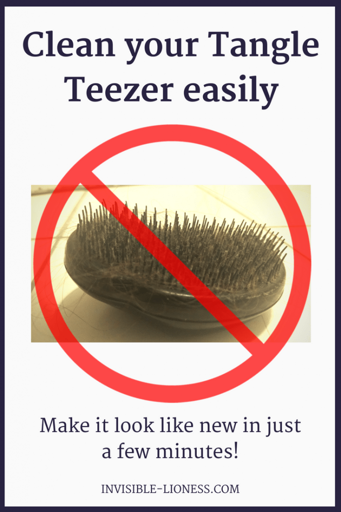 Struggling with a dirty Tangle Teezer? This Tangle Teezer cleaning hack will solve that problem for you. Try it now, it only takes a few minutes! #tangleteezer #cleaninghack