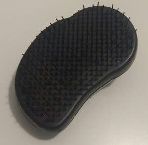 clean tangle teezer - after