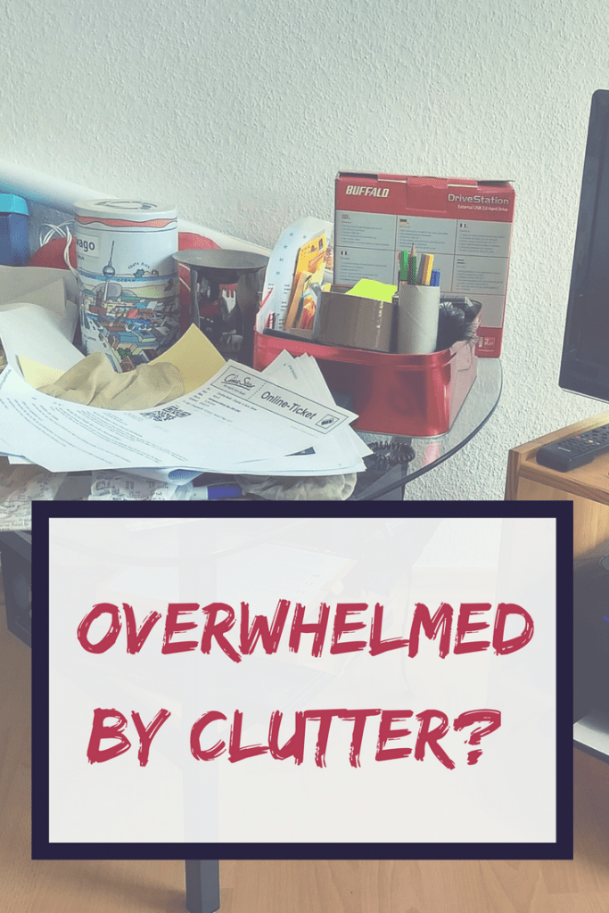 Feeling overwhelmed by the clutter? This organising hack will help you quickly declutter a room and finally have a nice and clean space again. #decluttering #organising #ordering #tidying #declutteringhacks #declutteringtips