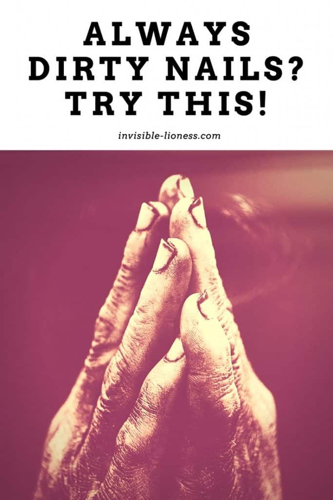 Do you feel like your clean fingernails only last for seconds? Then you might not need a way to clean them, but a way to keep them clean. Try this!