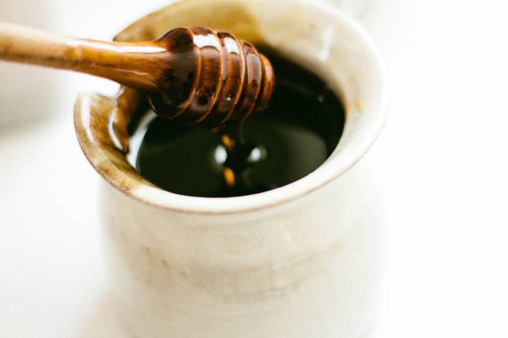 Image of a pot of honey